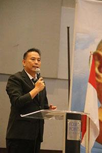 Wali Kota Tomohon Jimmy F Eman SE Ak saat membawakan sambutan mewakili orang tua
