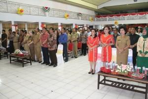 SoLo didampingi sejumlah pejabat yanng hadir saat perayaan 4 tahun kepemimpinan