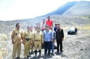 gunung soputan, minahasa tenggara, Jopi Mokodaser, James Sumendap