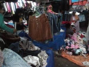 Cabo, Pakaian Bekas Import, manado