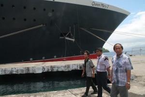 11 jam Queen Marry 2 Sandar di Pelabuhan Samudera Bitung