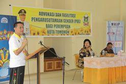 Walikota Tomohon saat membuka kegiatan BKB-PP