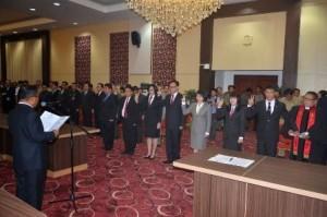 DR. Sinyo Harry Sarundajang,  Gubernur Sulawesi Utara , Sulawesi Utara ,Rolling Pejabat , Pejabat Eselon II