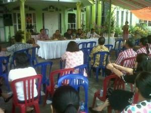Minahasa Tenggara,  Vocke Ompi , reses DPRD