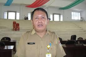 Sekertaris DPRD kabupaten Minsel Lucky Tampi
