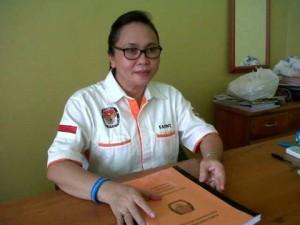 Anggota KPU Mitra Pdt Fanny Wurangian MTh
