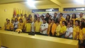 Foto bersama usai pendaftaran