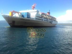 Pelabuhan Amurang, KM Dolo Ronda, Izak Rey,