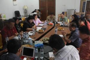 Komisi I , DPRD Sulut, sulawesi utara, Drs Ferdinand Mewengkang, Dr Arnold Poli SH MAP, Pilwako tomohon, Pilwako