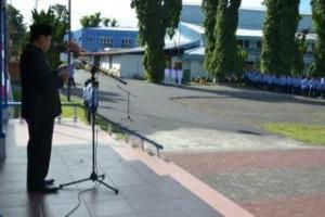 Wakil Walikota Bitung ,Maxmilian Lomban SE MSi, Menteri Kominfo, Drs Edison Humiang MSi,