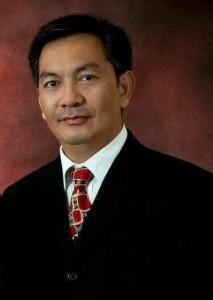 Caroll Senduk,  PDIP Kota Tomohon, PDIP, Pilakada 2015, Dra Vonny J Paat , Drs Johny Runtuwene DEA