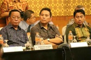 Walikota Tomohon ,Jimmy F Eman SE Ak , Pemegang Saham, bank sulut
