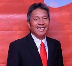 PDIP, James Sumendap , pilkada 2015,  Olly Dondokambey , Franky Wongkar