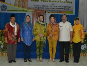 DWP Bitung, Dharma Wanita Persatuan,  Edison Humiang, Ny Josephin Sondakh Taroreh,