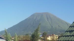 Gunung Lokon di Kota Tomohon Sulawesi Utara