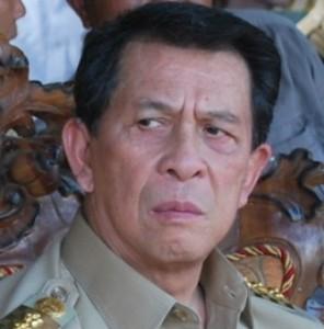 Gubernur ,Sulawesi Utara, DR. Sinyo Harry Sarundajang ,Penjabat Gubernur