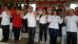 Tiga Pasangan Calon Pilkada Tomohon Deklarasi Kampanye Damai