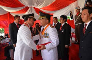 Wagub Sulut,  Dharma Karya Kencana , Djouhari Kansil MPd,