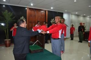Drs. Sanny Parengkuan MAP, Bendera HUT RI,  HUT RI ke-70, Sulut