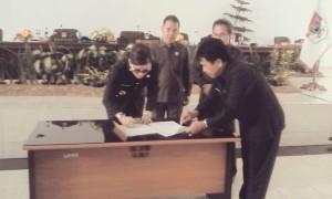LHP BPK ,Ranperda LPJ 2014, DPRD Minsel,Rommy Pondaag