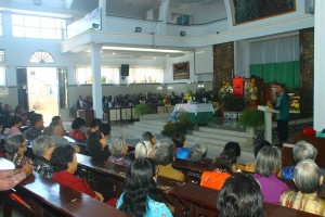 Walikota Tomohon hadiri IbadahPengucapan Syukur di GMIM Maranatha Paslaten