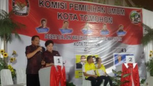 Jonru-Vop di Debat Calon Walikota-Wakil Walikota