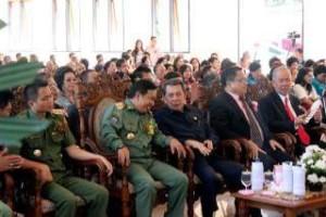SH Sarundajang ,  JS-RK,  James Sumendap ,  Ronald Kandoli , Minahasa Tenggara