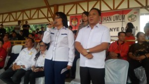 Calon Wakil Walikota , Linneke S Watoelangkow SSi , Mono Turang SSos , pilkada tomohon, pilkada 2015,