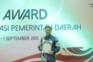JKN Award 2015 , Bitung , Prof DR dr Nila Djuwita F M SpM,