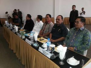 Sekretaris Kota Bitun,g Drs Edison Humiang MSI , PT Bank Sulutenggo, SulutGo