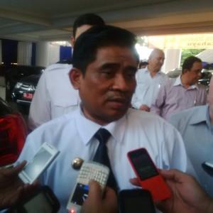 SHS , Gubernur Sulawesi Utara, DR. Sinyo Harry Sarundajang , DR. Sumarsono MDM,