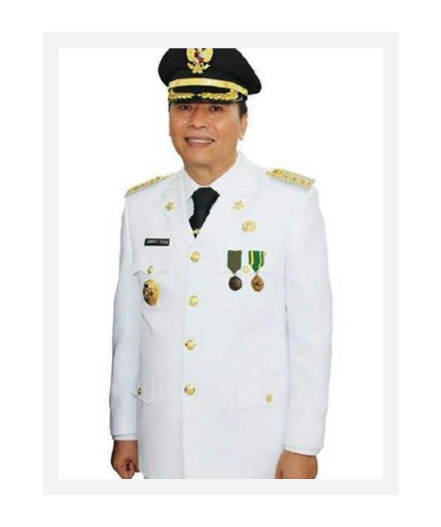 Walikota Tomohon Jimmy Eman