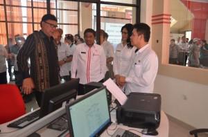 Mendagri dan Pj. Gubernur Sulut Berharap Pelayanan di KPPT Sulut Diperbaiki