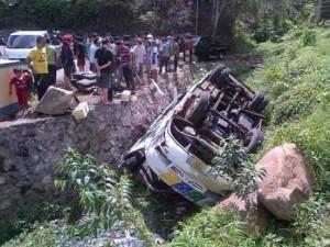 Bus Tondano, Tinoor, kecelakaan