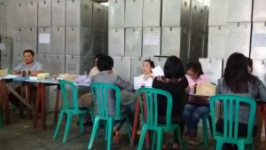 KPU Tomohon,  Surat Suara , Pilkada tomohon, Pilkada 2015,  Beldie Tombeg ST MArs