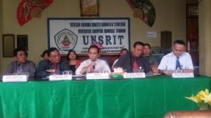 Penjelasan soal status Unsrit oleh Rektor Dr Jost Rumampuk SE MS