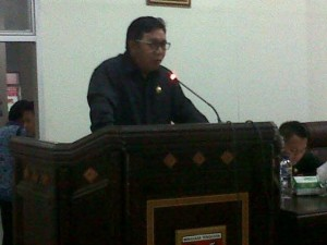 hukum tua ,Minahasa Tenggara, APBD 2016, Dana Desa