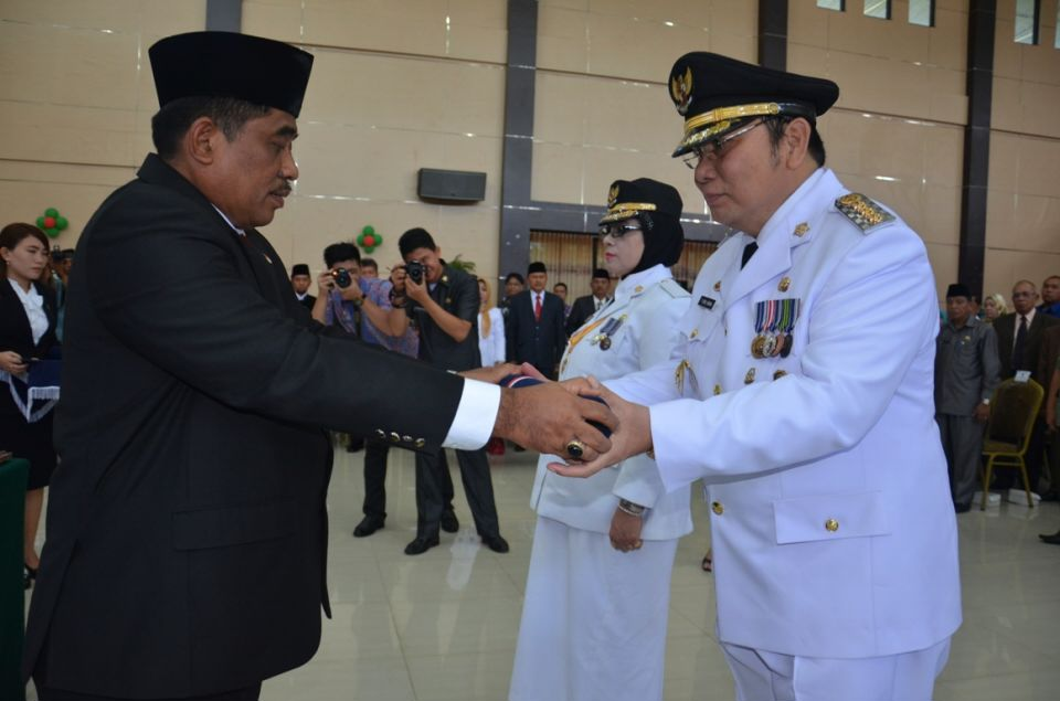 Bolaang Mongondow Selatan,  Minahasa Selatan,  Ir. Peter R Hosang MSi, dr. Bahagia R Mokoagow MSi
