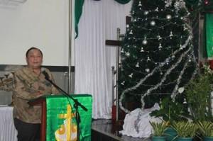 Drs Sanny J Parengkuan MAP saat memberikan sambutan di GMIM Elim Kolongan