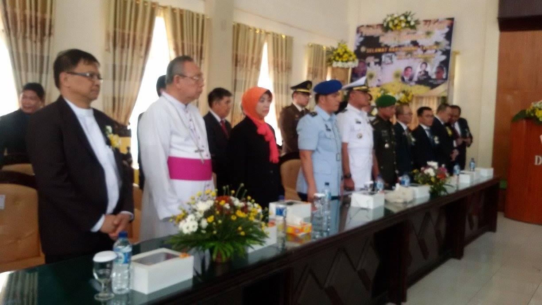 Tokoh agama dan Forkopimda yang hadir di Rapat Paripurna Istimewa DPRD di HUT ke-13 Kota Tomohon