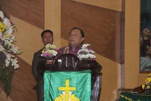 Penjabat Walikota Tomohon membawakan smabutan di HUT ke-167 GMIM Pniel Kakaskasen