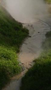 lahan semburan uap di sekitar Cluster 24 PGE di Tondangow