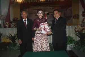 Sertijab Bupati dan Wakil Bupati Pemkab Minsel5
