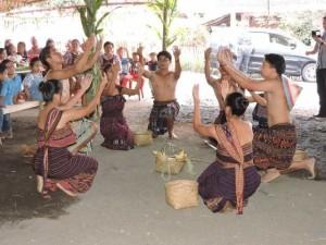 Tarian Tradisional ,Kite Murik,Kampung Liwutung, Meng Kuhu,