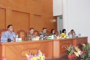 Walikota Tomohon, Jimmy F Eman SE Ak , Wakil Walikota, Syerly Adelyn Sompotan