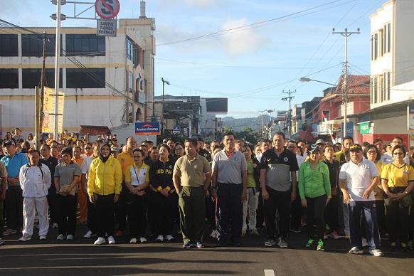 Jalan sehat tutup rangkaian kegiatan HUT ke-13 Kota Tomohon