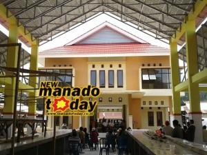 Pasar Motoling yang berlokasi di Desa Mtoling II Kecamatan Motoling