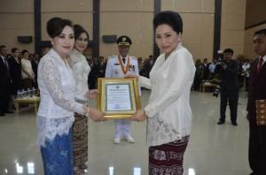 Dra. Refien Khouni Silva Lomban Rawung MSi,  TP. PKK bitung,  Dekranasda Kota Bitung,