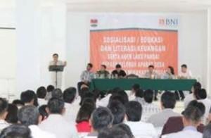 Program Laku Pandai, Otoritas Jasa Keuangan ,  Syafiudin Lahese