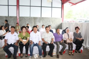 Pimpinan dan anggota DPRD mengkuti ibadah paskah